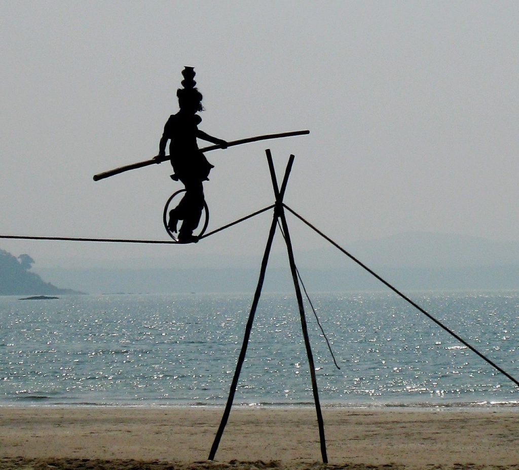 acrobat-634423_1920-1