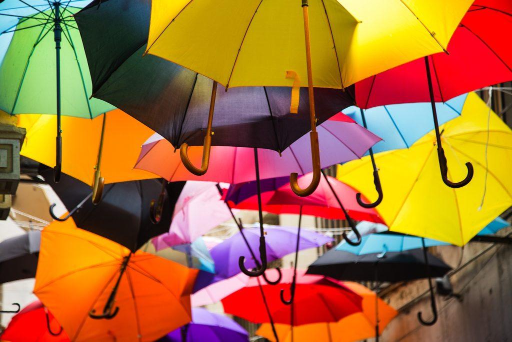 umbrella-2418413_1920